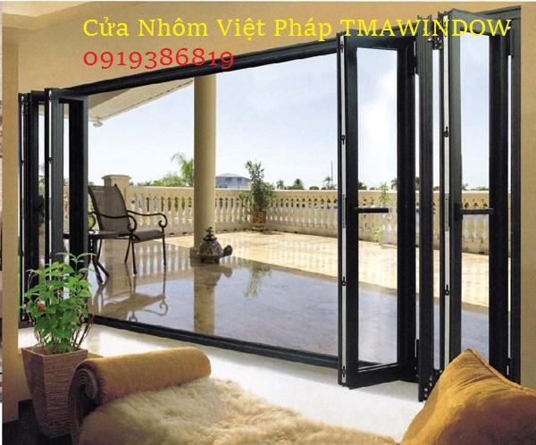 cua-nhom-kinh-viet-phap_tmawindow